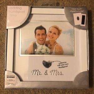Mr & Mrs - Wedding Thumbprint Picture Frame